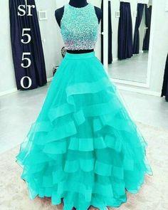 Cute Formal Dresses, Pretty Prom Dresses, Homecoming Dresses, Beautiful Dresses, Dress Formal, Colorful Prom Dresses, Ombre Prom Dresses, Quince Dresses, Ball Dresses