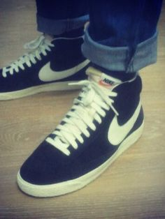 dfa2a34875a2 8 best Shoes images on Pinterest   Coaches, Nike blazers and Sneakers