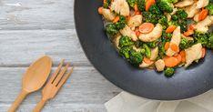 Vigyél színt a téli szürkeségbe ezzel a csirkés brokkolival! Diétázók is bátran jóllakhatnak vele.