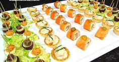 Te mostramos cómo hacer una deliciosa Bandeja de Canapés Rápidos, perfecta para ti si no dispones de mucho tiempo o no quieres dedicarlo a la cocina. Holiday Appetizers, Appetizer Recipes, Party Appetizers, Food Decoration, Arabic Food, Food Presentation, High Tea, Cooking Time, Finger Foods