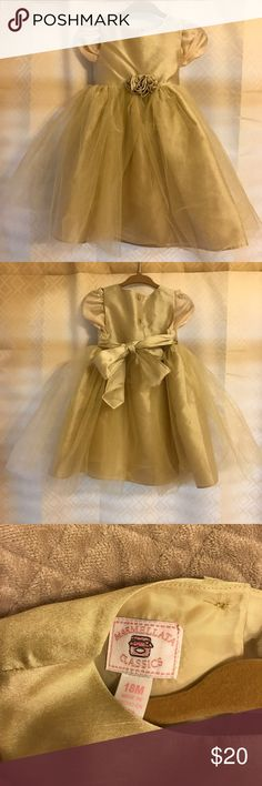 Formal 18 month dress Bought for Christmas for one of my daughters. Obviously only worn once. In great condition. Marmellata Classics Dresses Formal
