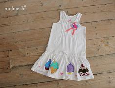Vestido de algodón blanco para niña con helados y cupcakes pintados a mano by malonsilla