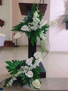 # Casamento de Flores # Pilar - Blumen E - E. Tropical Flower Arrangements, Funeral Flower Arrangements, Ikebana Flower Arrangement, Beautiful Flower Arrangements, Beautiful Flowers, Flower Vases, Small Flowers, Purple Flowers, Altar Flowers