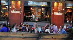 where to eat outside in chicago #chicagodining #chicagoitalian #buonappetito   Oak + Char