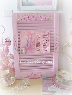 Old shudder? #pink #shabby #rose