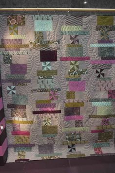 Tula Pink's Nightshade quilt, longarm quilting by Angela Walters