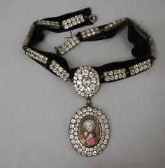Choker necklace with portrait  Chrysolite, silver, velvet  18th century (end), France  (via Musee des Arts Decoratifs, Paris)