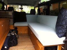 Dokumentierung Innenausbau aus Holz für den Land Rover Defender (Landy). Landrover Camper, Defender Camper, Land Rover Defender 110, Truck Camper, Camper Trailers, Landrover Defender, Hiace Camper, Land Cruiser, Inside Car