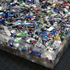 Exceptionnel Recycled Shredded Aluminum Cans Suspended In Acrylic Resin   Countertops,  Tiles, Etc.