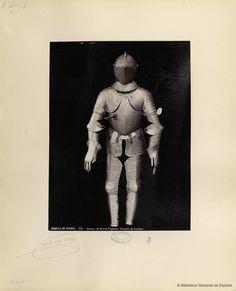 Armure du Grand Capitaine Gonzalve de Cordoue.. Laurent, J. 1816-1886 — Fotografía — 1868?