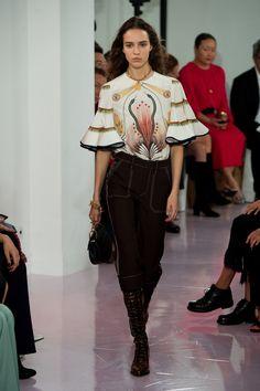 Chloé   Ready-to-Wear - Spring 2018   Look 14