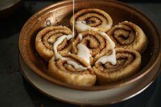 Amazing, fluffy, gluten, yeast, grain and soy free cinnamon rolls. No rising time! Vegan Dishes, Vegan Desserts, Vegan Recipes, Vegan Food, Vegan Vegetarian, Coconut Flour, Almond Flour, Sweet Recipes, Whole Food Recipes