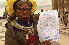 Cacique caiapo Raoni protesta contra a construcao de Belo Monte