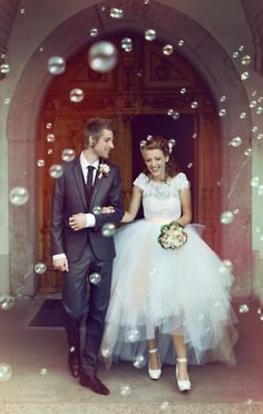 There will be bubbles when we exit the ceremony, so recessing down the aisle #wedding