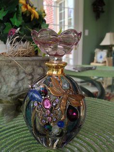 Vintage embelli de bouteille de parfum