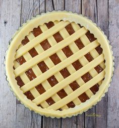 Marmellata di limoni di Iginio Massari   Via delle Spezie Vanz, Torte Cake, Raw Vegan, Biscotti, Apple Pie, Italian Recipes, Cakes, Food, Sweets