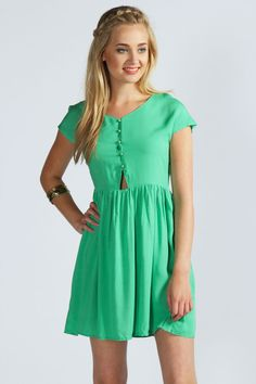 bright green dress with a cutout Get 7% Cash Back http://www.studentrate.com/all/get-all-student-deals/Boohoo-com-Student-Discounts--/0