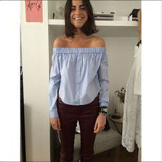 Blusen mit Carmen-Ausschnitt sind ein Hingucker. Wir haben die Links zu den schönsten Teilen.