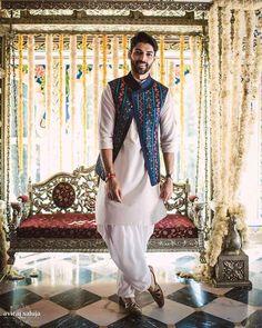Indian Groom Styling Tips Mens Wedding Wear Indian, Indian Wedding Clothes For Men, Wedding Kurta For Men, Indian Groom Wear, Wedding Dress Men, Indian Wedding Outfits, Indian Weddings, Punjabi Wedding, Wedding Couples