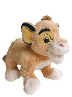 Hellyttävä Simba-pehmo on kiva kaveri viidakkoleikkeihin ja turvallinen unilelu. Korkeus 25 cm.