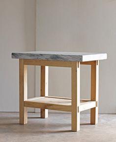 Mesa para cocina. Simple.