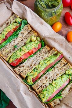 Pesto Smashed Chickpea and Avocado Sandwich - Pesto Smashed Chicker . - Pesto Smashed Chickpea and Avocado Sandwich – Pesto Smashed Chickpea Avocado Sandwich / 4 serving - Avocado Sandwich Recipes, Veggie Sandwich, Healthy Sandwiches, Chickpea Sandwich, Hummus Sandwich, Vegetarian Sandwiches, Veggie Wraps, Cucumber Sandwiches, Sandwich Ideas