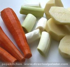 Purés de verduras con Thermomix Food N, Food And Drink, Celery, Cheese, Pure Products, Vegetables, Cooking, Healthy, Easy
