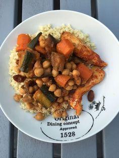 Une recette de Couscous léger Weight Watchers, sans gluten, j'adore ! Un plat complet très apprécié par toute la famille .