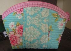 Sweet Shabby Quilted Pouch – Free Tutorial | PatternPile.com