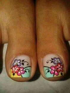 Floripies Pedicure Designs, Toe Nail Designs, Nails Design, Cute Pedicures, Manicure And Pedicure, French Pedicure, New Nail Art, Fabulous Nails, Toe Nails