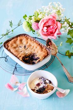 Mustikkakukko | Meillä kotona Sweet Recipes, Camembert Cheese, Deserts, Brunch, Food And Drink, Baking, Ethnic Recipes, Koti, Tarts