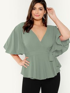 To find out about the Plus Flutter Sleeve Surplice Neck Belted Top at SHEIN, part of our latest Plus Size Blouses ready to shop online today! Cute Blouses, Plus Size Blouses, Plus Size Tops, Plus Size Women, Women's Plus Size Shorts, Plus Size Outfits, Top Clothing Brands, Looks Plus Size, Plus Size Kleidung