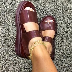 The Romi sandal, shared by peanutbuttergemmytime.