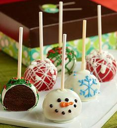 Cute cake pops the holidays