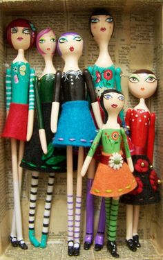Primitive Folk Art dolls