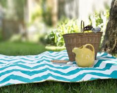 Feeling Despondent? Let's Plan a #Holiday — It's Happy Time to Look Around! - Tot-up a blanket