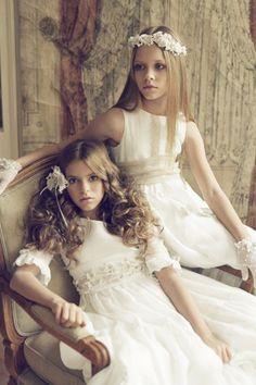 Vestido Lorena y Vestido Elisabeth, diseñados por Hortensia Maeso para su marca Les enfants de l´eden