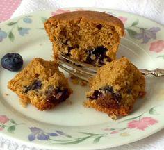 Muffins de Mirtilo http://ateliervelovert.com.br/muffins-de-mirtilo/