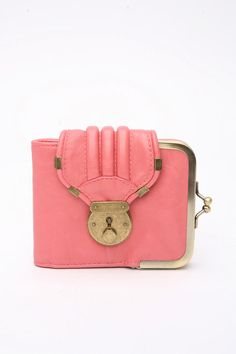 need a new wallet, hope to find something like this locally (that I can afford *sigh*)