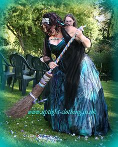 Things you can do in a big frock.jump a broom stick.if required. Turquoise Wedding Dresses, Handfasting, Gorgeous Fabrics, Fishtail, Looking Stunning, Green And Purple, Skirt Fashion, Frocks, Gowns