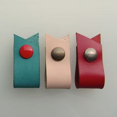 Earbud / earphone / cable organizers in natural, turquoise and red, handmade by RinartsAtelier,