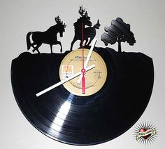 shinyrabbit.com reclaimed record clock