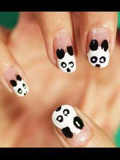 Nail Design - Who doesn't love Pantas?