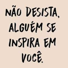 Sempre tem alguém, é só olhar o seu redor! Inspirational Phrases, Lettering Tutorial, Instagram Blog, Motivational Quotes For Working Out, Some Words, Love Messages, Self Esteem, Just Do It, Sad Love