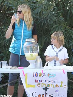 Gwyneth Paltrow's kids sell organic lemonade at their corner stand, because, obviously.