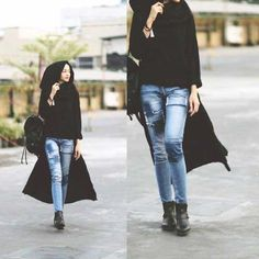 long-black-cardigan-with-jeans