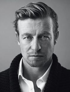 Simon Baker - Australian actor and director. Photo by Nicolas Guerin Simon Baker, Handsome Men Quotes, Handsome Arab Men, Beautiful Women Quotes, Beautiful People, Strong Woman Tattoos, The Mentalist, Celebrity Portraits, Classic Man