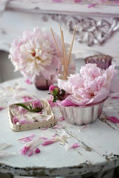 nelly vintage home :peonies