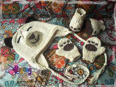 Bonnet, gants et chaussons ours.