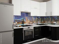 фото угловой черно-белой кухни в маленькой квартире